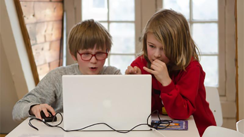 「少儿编程」孩子多大学习比较合适,仅仅是玩游戏吗?